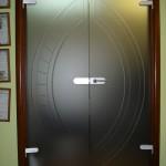 dveri-mezhkomnatnye-is-stekla-sevastopol