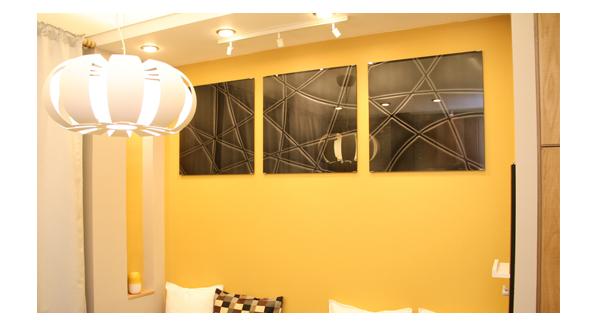 stenovye-paneli-is-stekla-sevastopol